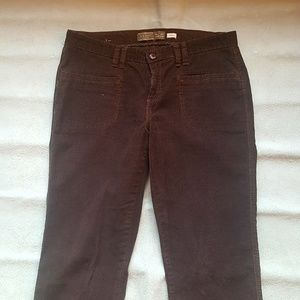 Old Navy women velvet jeans, size 8, O174